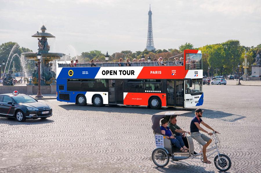 Hop on hop off bus Parijs