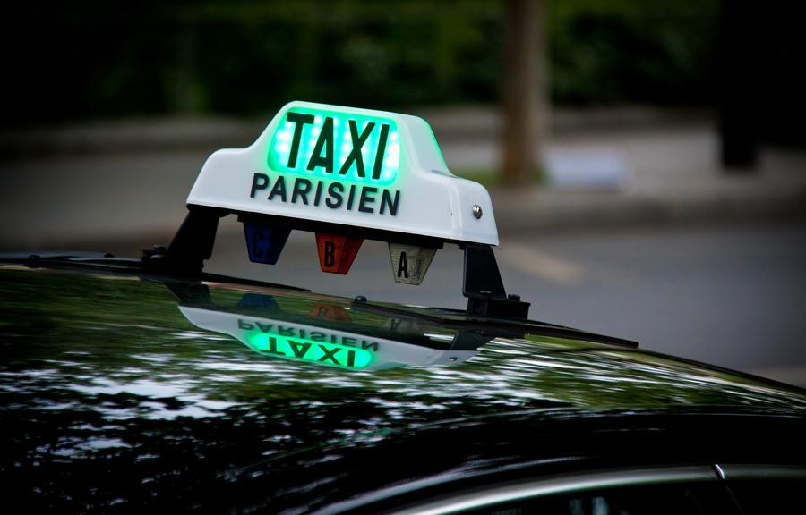 Taxi in Parijs openbaar vervoer Parijs