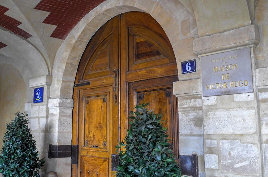 Maison Victor Hugo, Place des Vosges.