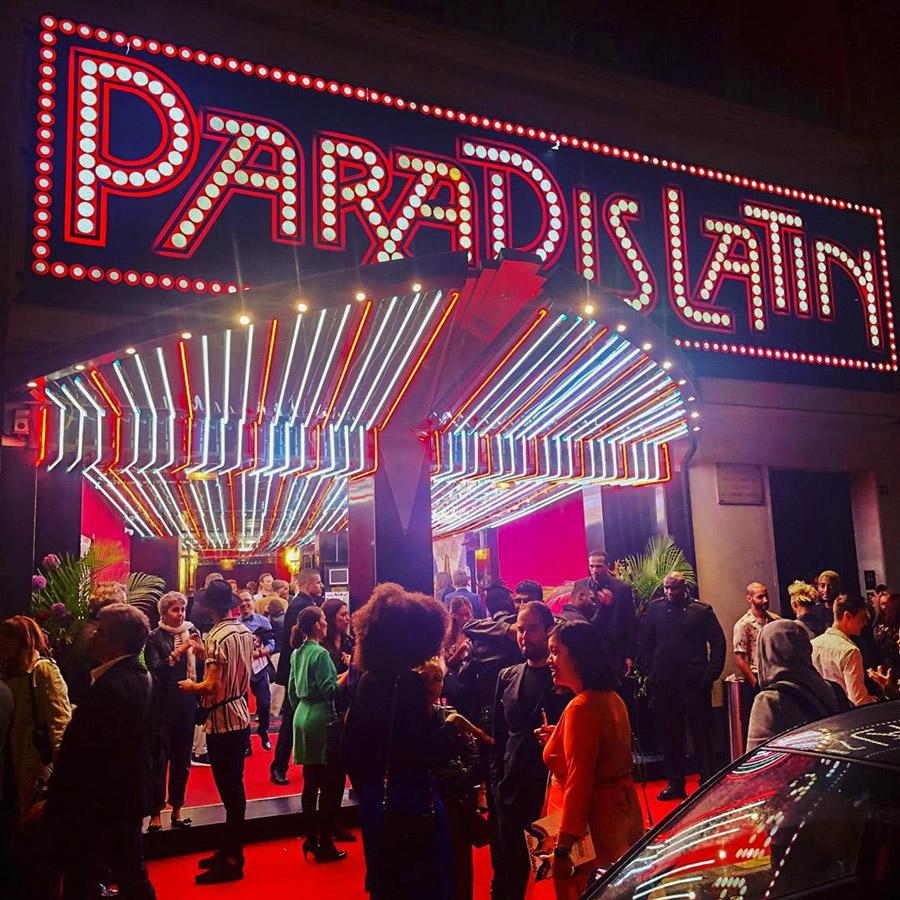 Paradis Latin Dinnershow Parijs