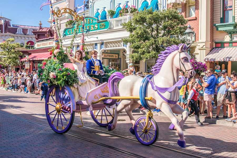 De Parade in Disneyland Parijs