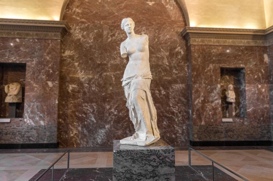 Venus van Milo in het Louvre topstukken museum Parijs