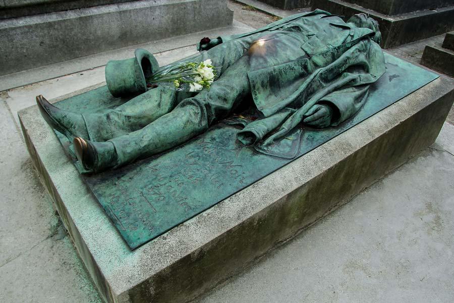 Het graf van Victor Noir