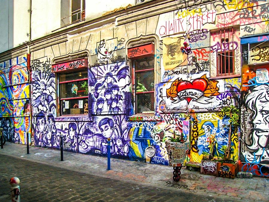 Rue Dénoyez in Belleville Parijs
