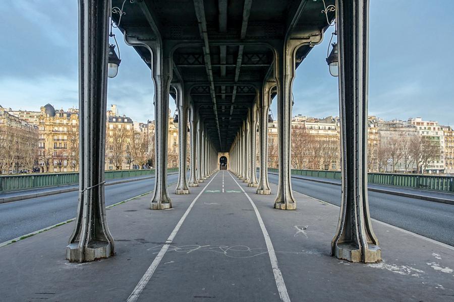 Pont de Bir-Hakeim Parijs Foto Eiffeltoren