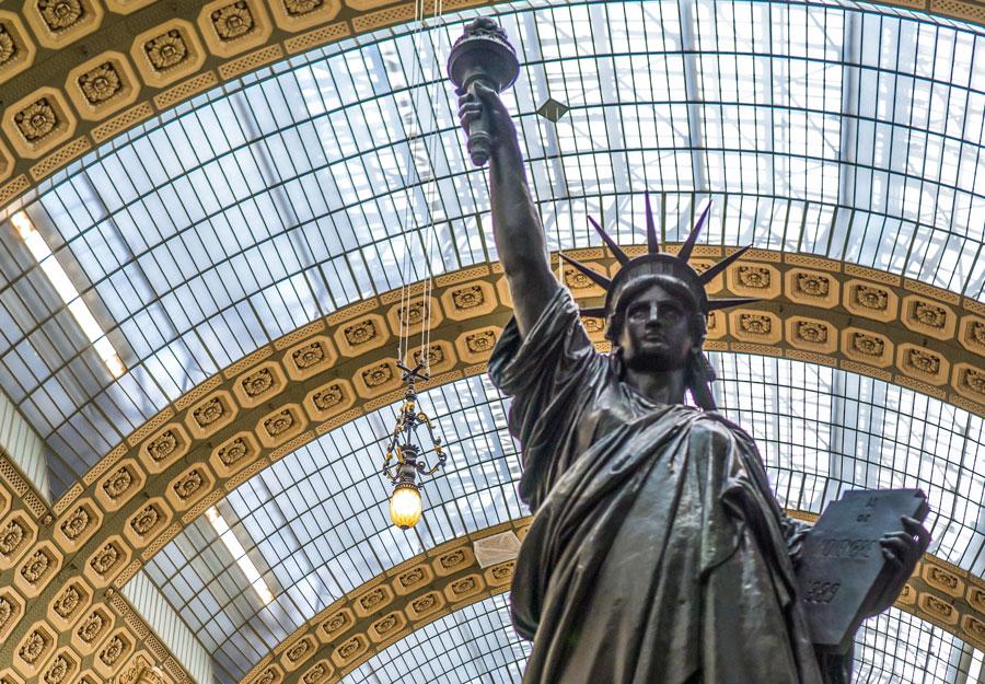Vrijheidsbeeld in het Musée d'Orsay