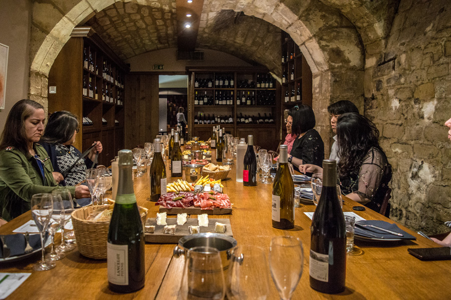 Wijnproeverij in Parijs bij O chateau