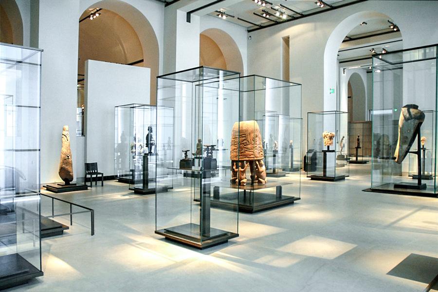 Musée du quai Branly collectie in het Louvre Parijs