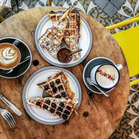 Le Peleton Café