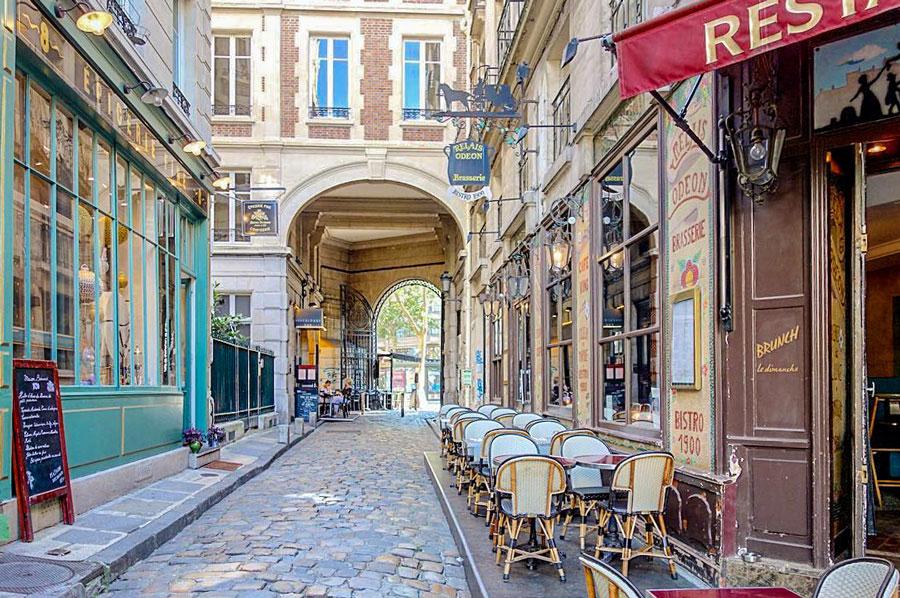 Cour du Commerce Saint-André Saint Germain des Pres