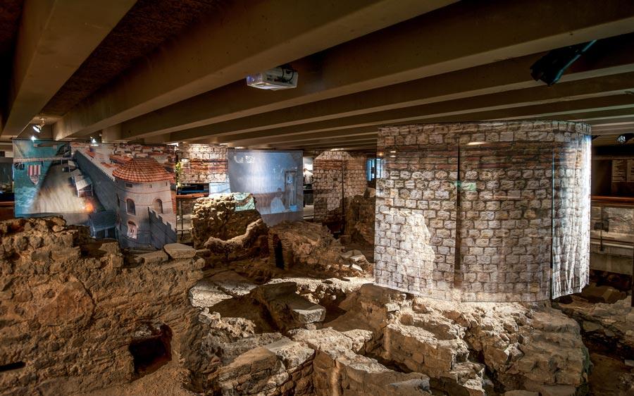 Archeologische cryptes van de Notre Dame Parijs