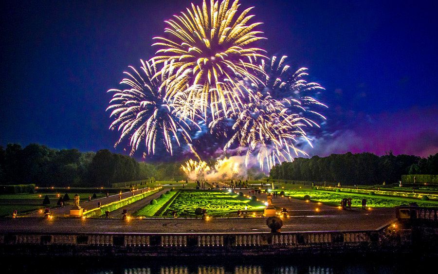 Vuurwerk bij het kasteel van Vaux-le-Victome